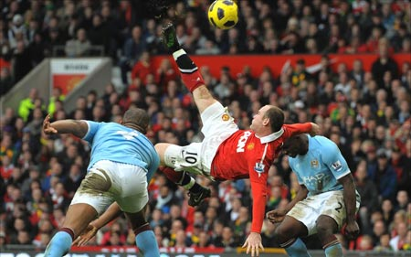 Rooney Goal in sforbiciata